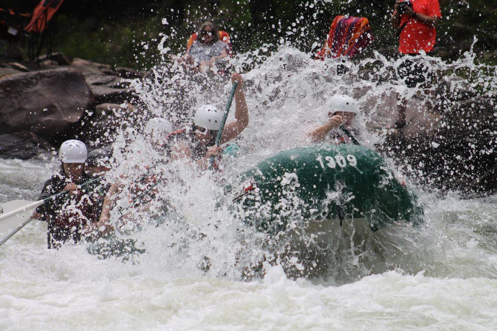 rafting turimos activo